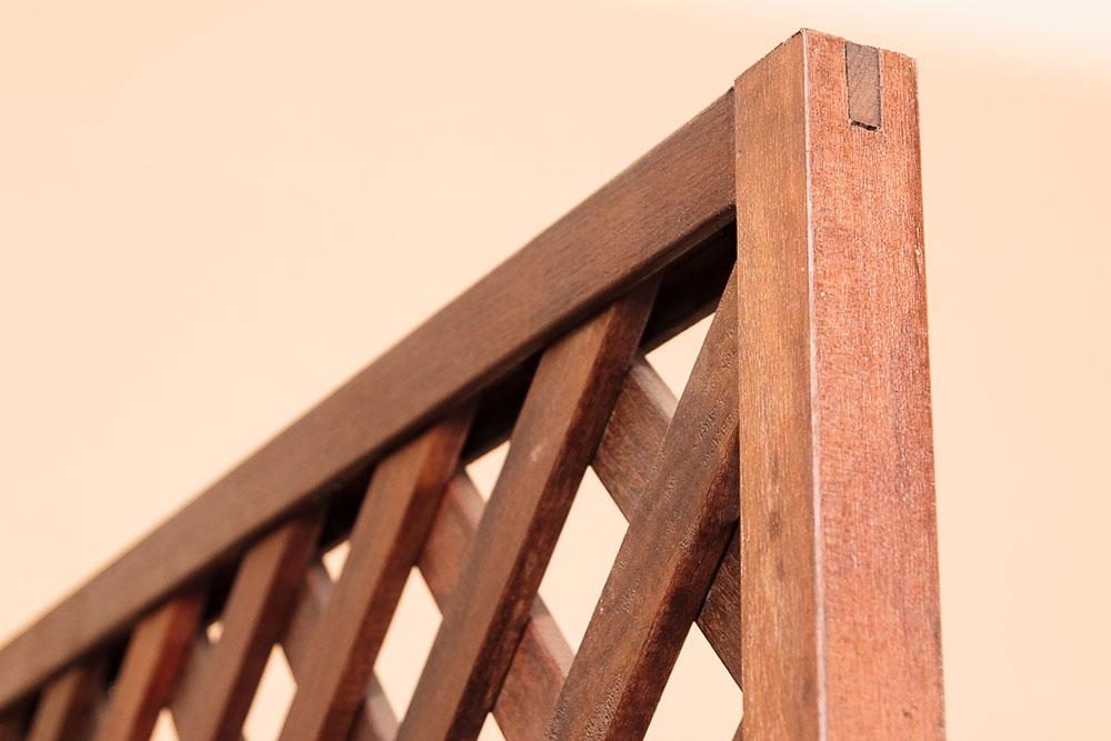 Garden Wood Divider Detail
