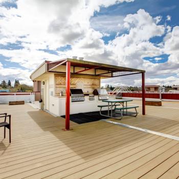 Decking per bar su terrazza