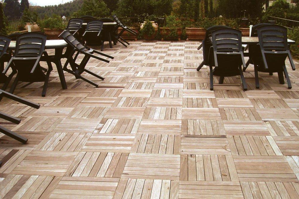 Pavimenti in legno per bar ristoranti e locali pubblici